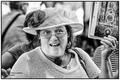 2016-09 FXE2+L90RitS STRASBOURG-123-Mod-Mo-B&WTrLr (Chevalier 2) Tags: chevalier2 strasbourg street streetfashion flickrestrellas blackandwhite bw negroyblanco noiretblanc netb blancoynegro blancoynero blackwhite girl hellas cigognes smartphone samsung biancaenerochevalier2 kehle 6millionpeople