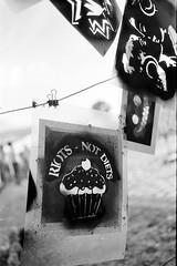 riots - not diets (n0core) Tags: nrw nrwtag rhein riots diets stencil schablone spraypaint sprhfarbe dosen cupcake revolution analog bw canon communism capitalism 35mm 135 f1 film filmfilmforever graffiti grain korn lomography lomo n74 n74plus orwo ostfilm panchromatic urbanart urban workshop art kunst farbe paint