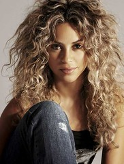 Charming Messy Long Curly Hairstyles For Women 2017 Brown Hair (metinefew) Tags: messyhair messyhairstyle messyhaircuts messyhaircuts2017 messyhairstyles messyhairstyles20162017 messylonghairstyles messylonghaircuts