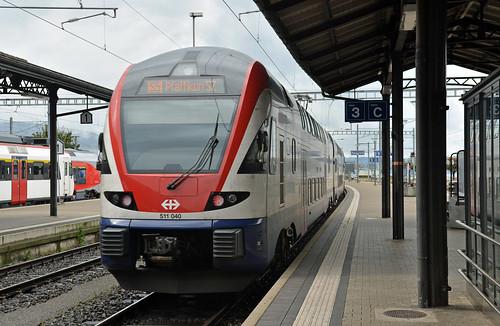 Class 511 S-Bahn train at Rapeprswil