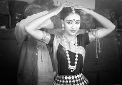 Backstage Reflection (Feca Luca) Tags: street portrait woman india mirror blackwhite donna dance nikon asia danza ritratto reportage specchio odissi