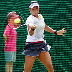 Risa Ozaki's forehand stroke - Japan Women's Open Tennis 2015 (Apricot Cafe) Tags: people japan tokyo women outdoor professional tennis tournament jp  singles doubles ariake  tkyto ktku ariaketennisforestpark  risaozaki  canonef70200mmf28lisiiusm14xiii japanwomensopentennis img75393