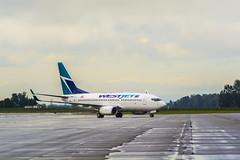 Boeing | 737-7CT | WestJet | 218 | C-FWSF | Abbotsford | CYXX (dfm8492) Tags: airport boeing westjet 737 abbotsford b737 yxx cyxx fwsf cfwsf