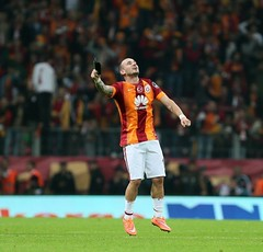 Wesley Sneijder (64) (l3o_) Tags: wesley sneijder galatasaray 10 numara kırmızı football futbol spor sport netherlands ajax real madrid inter galasozlukorg cimbom gs wesleysneijder