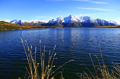 Bettmersee (ISO 69) Tags: schnee mountain lake mountains berg schweiz switzerland see suisse herbst berge elements svizzera wallis valais breithorn bettmeralp bettmersee bättlihorn