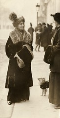 Emmeline Pankhurst talking to Grace Roe, c.1912.