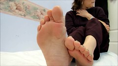 Kim (Rayray150) Tags: feet face asian toes mature pedicure soles toecurls