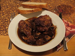 Coq au vin (mein Teller) (multipel_bleiben) Tags: essen pilze geflgel pfannengericht