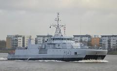 HNOMS Hinnoey M343 (2) @ Gallions Reach 26-11-15 (AJBC_1) Tags: uk england london boat ship unitedkingdom military navy vessel riverthames nato warship minesweeper eastlondon gallionsreach mcv nikond3200 northwoolwich newham navalvessel londonboroughofnewham m343 sjforsvaret norwegiannavy minehunter royalnorwegiannavy snmcmg1 norwegianarmedforces kongelignorskemarine oksyclassminehunter knmhinnoy hnomshinnoey dlrblog ajc