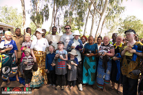 "PHALOMBE ALBINISM FESTIVAL • <a style=""font-size:0.8em;"" href=""http://www.flickr.com/photos/132148455@N06/23766418722/"" target=""_blank"">View on Flickr</a>"