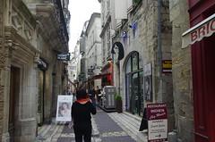 Prigueux, rue Limogeanne, le savoir faire des artisans et commercants (jlfaurie) Tags: dordogne prigord artisans centreville mechas prigueux savoirfaire commercants ruelimogeanne 092015 jlfaurie jlfr mpmdf