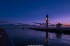Vuurtoren Hellevoetsluis (blue hour) (robvanderwaal) Tags: blauw netherlands blauwelucht oliehuisje nederland vuurtoren 2016 rvdwaal bluesky blue bluehour hellevoetsluis blauweuurtje haringvliet lighthouses robvanderwaalphotographycom lighthouse