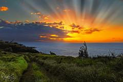 Maui sunray sunset (wyattgphotography) Tags: stunningnikon sunrays island maui hawaii aloha mahalo lahaina water trades paradise islands bigisland waterfalls love peace relax explore nature coverpage