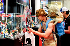Luke and Yoda (Rad_TV) Tags: newyorkcomiccon newyorkcomiccon2016 cosplay lukeskywalker yoda starwars