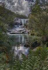 Escondida (Urugallu) Tags: rio fervenza escondida vegetacion reflejo nubes cielo luz corriente ourense galicia joserodriguez urugallu canon 70d flickr melon riocerves
