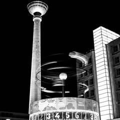 prise de vue sans titre--2.jpg (fafa des bawoaa) Tags: berlin condenser urban dvelopp karlmarx constructivism architecture ddr alexanderplatz urania brutalism