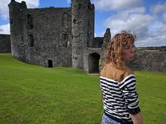 Llansteffan Castle (deadmanjones) Tags: sadface llansteffancastle castellllansteffan zjlb