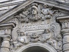 Victoria-Versicherung (mitue) Tags: berlin architektur bauschmuck lindenstrase kreuzberg victoriaversicherung nks