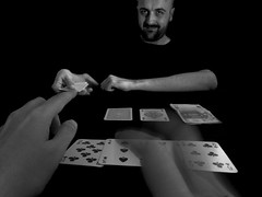1190 - 1211 - Don't bluff against yourself (Diego Rosato) Tags: bluff blackjack autoritratto selfportrait carte cards gioco game soldi money