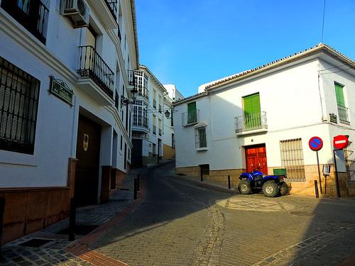 <Plaza del Romero> Alozaina (Málaga)