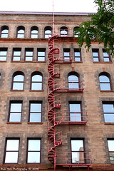 Spiraling in Red (Rick & Bart) Tags: minneapolis minnesota usa city urban twincities architecture warehousedistrict downtown building rickvink rickbart canon eos70d stairs fireescape 1stavenue