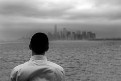 NYC Sukkòt day (Antonio Martorella) Tags: antomarto ntomarto usa us statiuniti unitedstates ny nyc newyork manhattan lowmanhattan statenisland ebreo jew kippah landscape panorama biancoenero blackandwhite bw sukkot sukkót