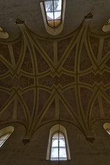 """The green carpet church"" (RomarioPhotography) Tags: urbex abandoned church decay jezus god nikond7200 nikon tokina1116"