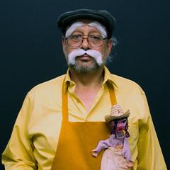Geppetto (Max Valenzuela) Tags: halloween portrait costume retrato costumes cosplay funny nochedebrujas disney pinoccio pinocho