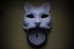Midnightmare (Bürnmeister) Tags: mask cat clock midnight dark white contrast hour time table mascara gato hora reloj medianoche tabla madera blanco negro oscuro