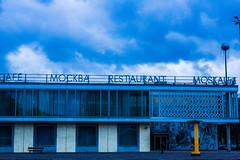 prise de vue sans titre-090.jpg (fafa des bawoaa) Tags: alexanderplatz condenser urban dvelopp karlmarx constructivism architecture ddr berlin urania brutalism