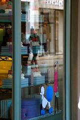 Ladurée girl and dog (sz1507) Tags: writings laduréeparis boutique shop vetro colors colori macarons sweets dolci grandrue patisserie cityview city d60 nikond60 lussemburgo luxembourg blue painting disegno reflection riflesso glass vetrina ragazza cane ragazzaconcane dog girl girlanddog ladurée