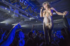 "Peaches - 01.12.2016, Razzmatazz 2 - 7 - M63C3620 • <a style=""font-size:0.8em;"" href=""http://www.flickr.com/photos/10290099@N07/31271529402/"" target=""_blank"">View on Flickr</a>"