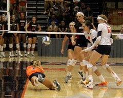 Save! (RPahre) Tags: illinois save universityofillinois volleyball champaign huff universityoflouisville huffhall brandidonnelly