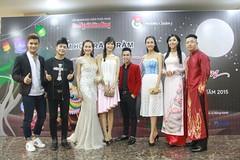 """www.phongcachsao.com - Hoa hu v dn Sao Vit hi t trong m hi """"Trung Thu Cho Em"""" (Ivan Nguyen VN) Tags: sao phong cch ch tp"""