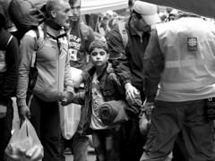 Waiting to cross the border (chat des Balkans) Tags: blackandwhite bw news look war noiretblanc refugees serbia border sid croatia syria conflict guerre asylum caritas glance humanitarian ong ngo bordercrossing regard croatie srbija syrie ref refugies frontiere humanitaire asylumseeker asile serbie bapska conflit actualite id demandeurdasile postefrontiere humanitariancatastrophe syrianrefugees syrianconflict warinsyria guerreensyrie berkasovo conflitsyrien refugiessyriens catastrophehumanitaire