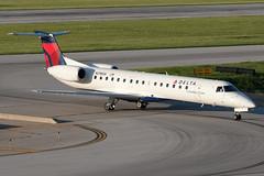 Delta Connection (Chautauqua Airlines) Embraer ERJ-145 N298SK KCMH 30MAY14 (FelipeGR90) Tags: columbus ohio chq columbusohio rp cmh chautauqua notags regionaljet embraer145 erj145 deltaconnection portcolumbus chautauquaairlines kcmh n298sk