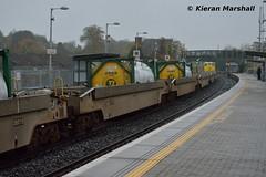 DFDS passes Portarlingotn, 9/11/15 (hurricanemk1c) Tags: irish train gm rail railway trains railways irishrail cpw talgo generalmotors dfds portarlington 2015 emd 071 iarnród éireann iarnródéireann 1130waterfordballina containerpocketwagon