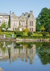 Coombe Abbey (Aidan McRae Thomson) Tags: reflection water pool gardens warwickshire coombeabbey
