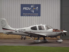G-OZZT Cirrus SR22 (Aircaft @ Gloucestershire Airport By James) Tags: james airport gloucestershire lloyds cirrus sr22 egbj gozzt