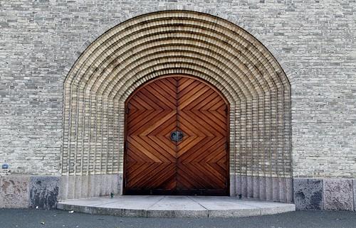 2015 SFEDN1150 Doors to Grundtvig's Church (Grundtvigs Kirke) in Copenhagen, Denmark