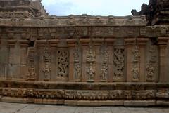 Carvings on the backside of the temple (VinayakH) Tags: bhoganandeeshwaratemple karnataka india temple nandihills chikkaballapura chola ganga hoysala tipusultan religious historic