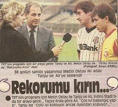 Metin Oktay (l3o_) Tags: galatasaray sar krmz red yellow football futbol metin oktay tanju olak gazete