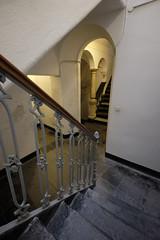 Staircase (MoJo_3016) Tags: italien italy italia levanto cinque terre borgo haus house meer mare sea herbst autumn ligurien liguria