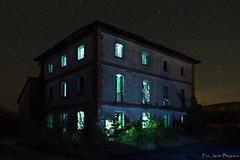 La casa encantada (Javibeje) Tags: arquitectura navarra nocturna ruinas aserradero night luz javier bejarano beje nikonista nikon d7200 tamron