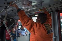 DSCF3344 (Galo Naranjo) Tags: bogot transmilenio sitp colombia pasajero passenger publictransportation gente people brt busrapidtransit sardinas enlatados canned