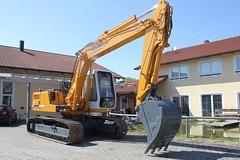 Liebherr 902 Litronic (Vehicle Tim) Tags: liebherr bau baumaschine kettenbagger bagger fahrzeug construction machinery