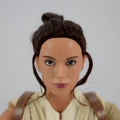 Star Wars Elite Series Rey Premium Action Figure - Disney Store Purchase - Deboxed - Freestanding - Closeup Front View (drj1828) Tags: starwars theforceawakens rey figure actionfigure purchase disneystore eliteseries premium posable 10inch deboxed freestanding