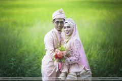 Thephotofrenzy (Eddy Thephotofrenzy) Tags: canon outdoor malay wedding brides paddy beras field cun