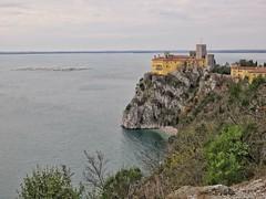 Castello di Duino, Trieste (Dage - Looking For Europe) Tags: duino castellodiduino duinocastle rilke sentierorilke rilkepath carso friuli trieste friuliveneziagiulia costaadriatica sistiana