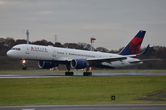 N727TW, 03122016, MANCHESTER, DELTA, 757, 1 (39discovery) Tags: n727tw 03122016 manchester delta 757
